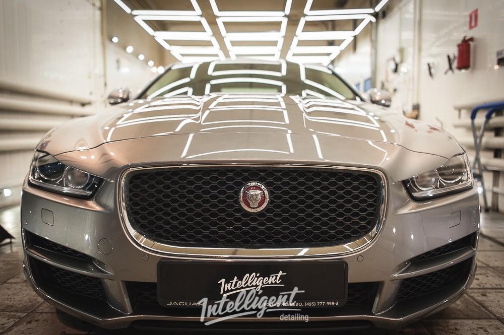 Jaguar XE - полировка и керамика